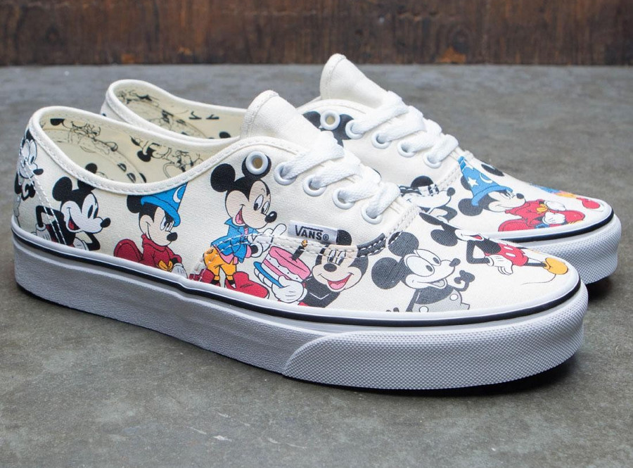 vans-authentic-print-allover-mickey-mouse-90-ans-3
