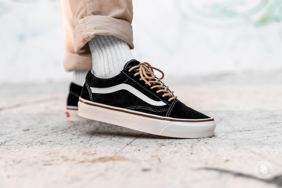 Vans Old Skool 36 DX Anaheim Factory Suede 'OG Black Corduroy'