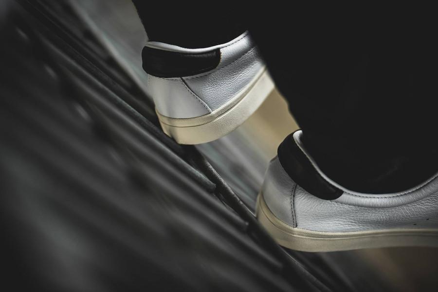 Adidas Lacombe FTWR Chalk White Core Black (1)