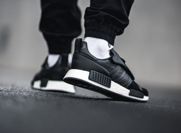 Adidas Micropacerxr1 Never Made noire Triiple Black (1)