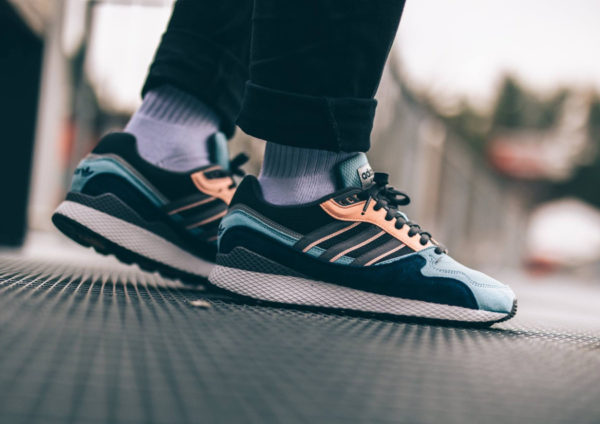Adidas Oregon Ultra Tech Bleu Ash Grey Four Clear Orange