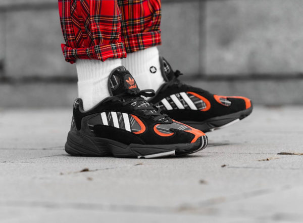 Adidas Yung-1 Plaid Tartan Pack gris et orange (Solid Grey) (2)