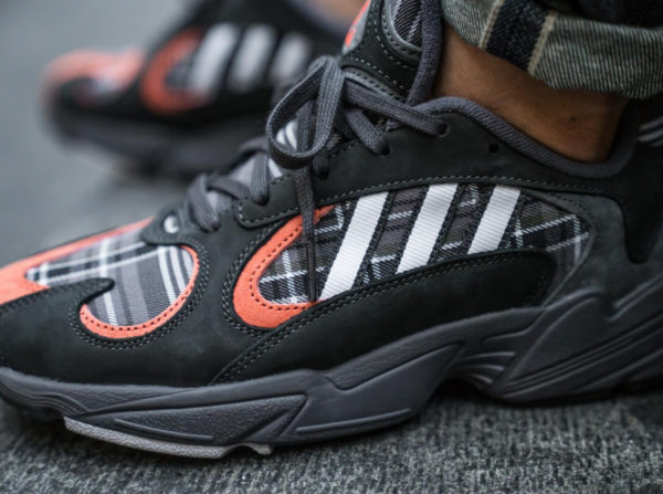 Adidas Yung-1 Plaid Tartan Pack gris et orange (Solid Grey) (4)