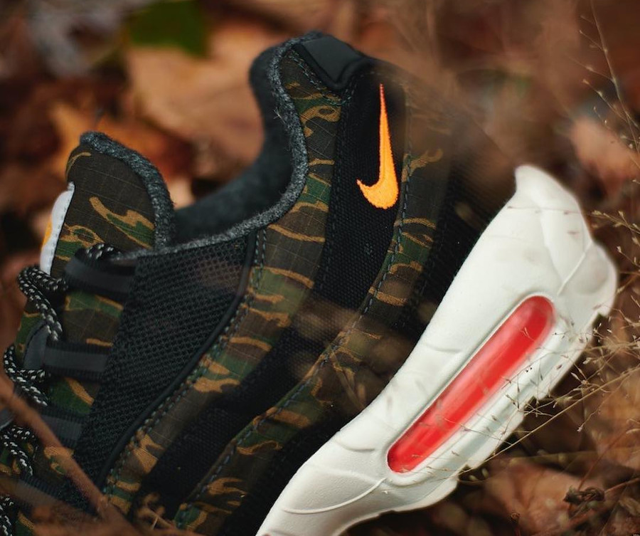 Nike Carhartt Work in Progress Air Max 95 Premium Black Orange (1)