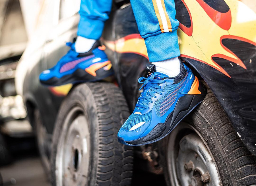 Hot Wheels x Puma RS-X Toys bleu Bone Shaker (2)