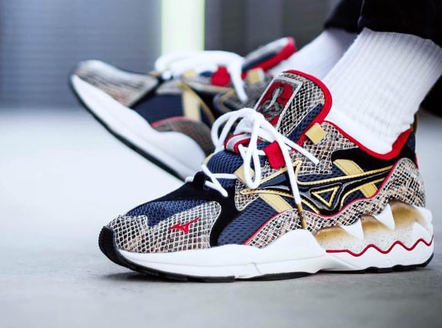 24 Kilates x Mizuno Wave Rider 1 'Snake' King Cobra