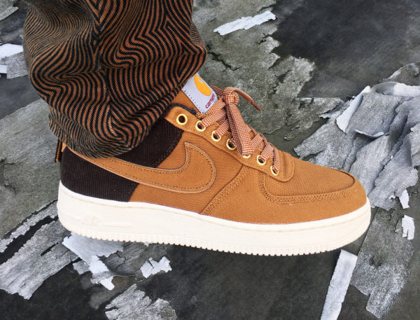 Nike Air Force 1 '07 PRM Carhartt WIP marron Hamilton Brown on feet (2)