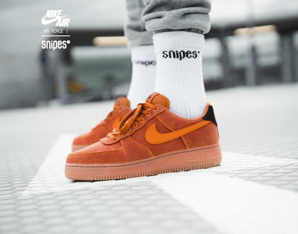 Avis] Nike Air Force 1 homme '07 LV8 Style 'Monarch Orange Gum'