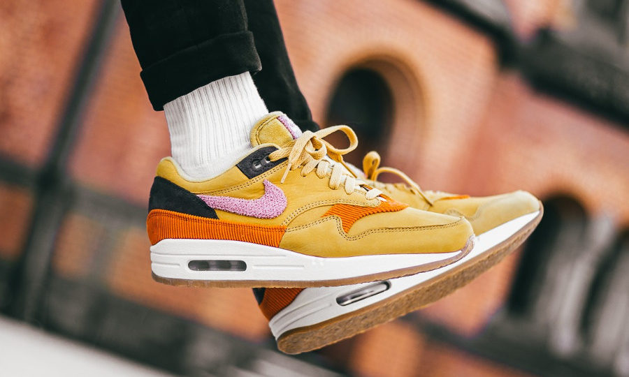 Nike Air Max 1 Premium Crepe Sole 'Bacon' Wheat Gold Pink