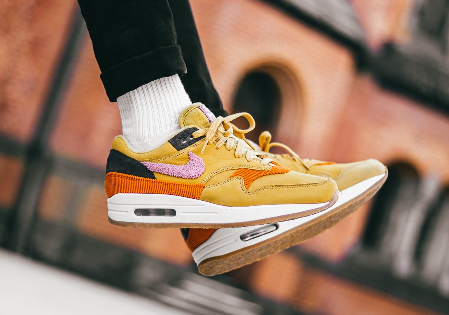 Air AvisNike Crepe Wheat Max Pink 1 Gold Sole Premium 'bacon' q34L5RAj