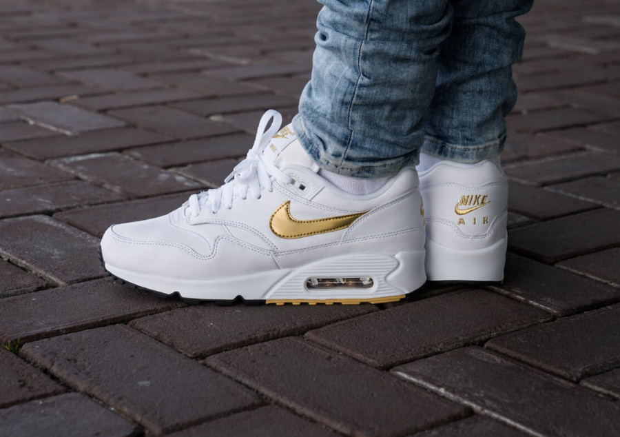 Nike Air Max 90 1 homme White Metallic Gold pas cher