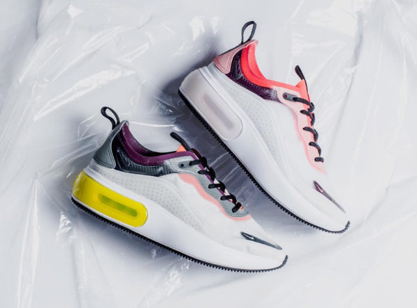 Nike Air Max Dia SE Off White Pink et Aviator Grey (quickstrike)
