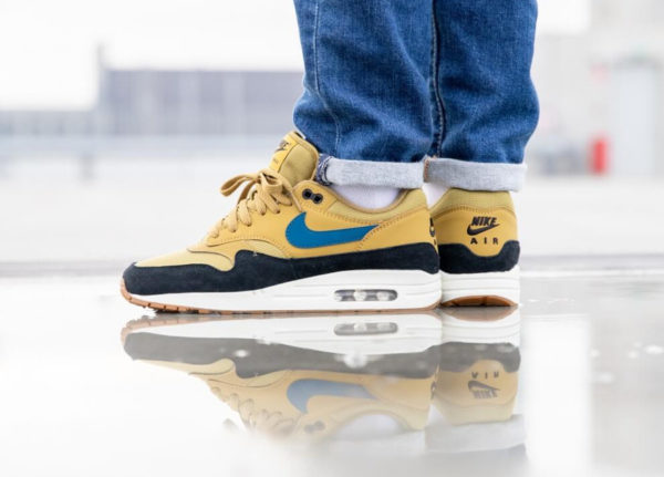 Nike Air Max One homme jaune moutarde bleue et noire (3)