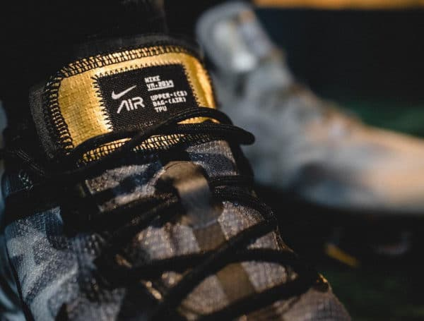 Nike Air Vapormax 19 Homme Black Metallic Gold' (1)