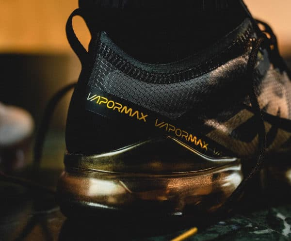 Nike Air Vapormax 19 Homme Black Metallic Gold' (2)