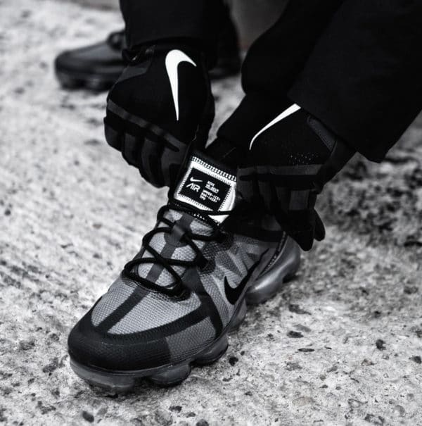 Nike Air Vapormax 2019 Triple Black (4)