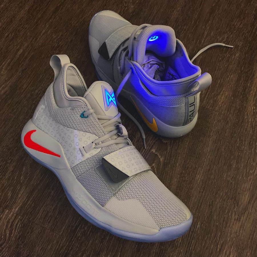 Nike Playstation Paul George 2.5 grise (3)