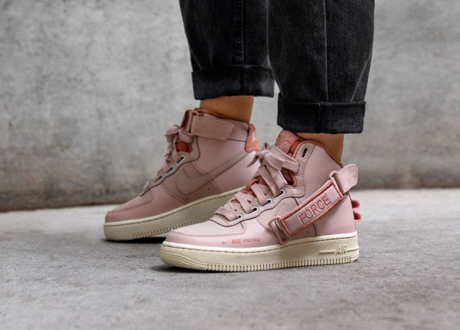 Nike Women's Air Force 1 High Utility Sneaker District