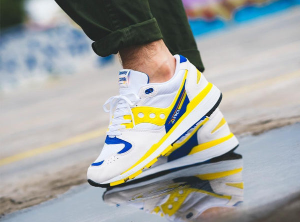 Saucony Azura OG 2018 White Yellow Blue on feet
