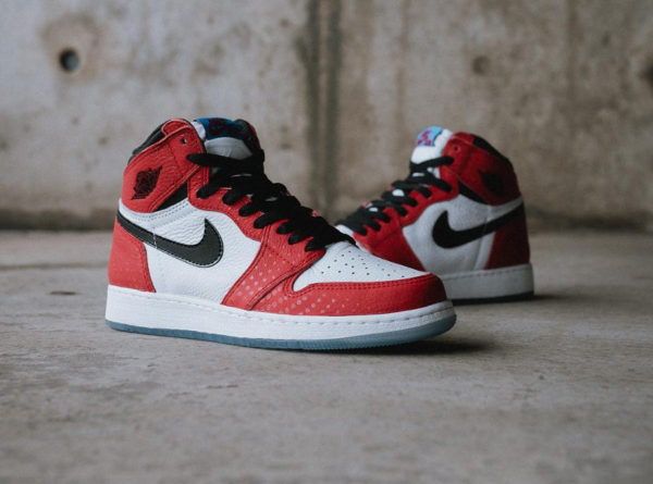 Spider-Man x Air Jordan 1 Retro Hi OG 'Origin Story' (Crystal Chicago) (1)