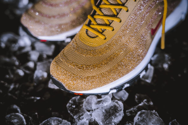 Swarovski x Nike Wmns Air Max 97 LX Metallic Gold (3)