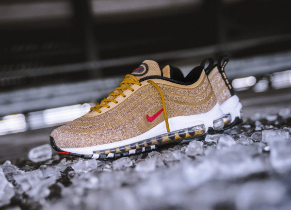 Swarovski x Nike Wmns Air Max 97 LX Metallic Gold (5)