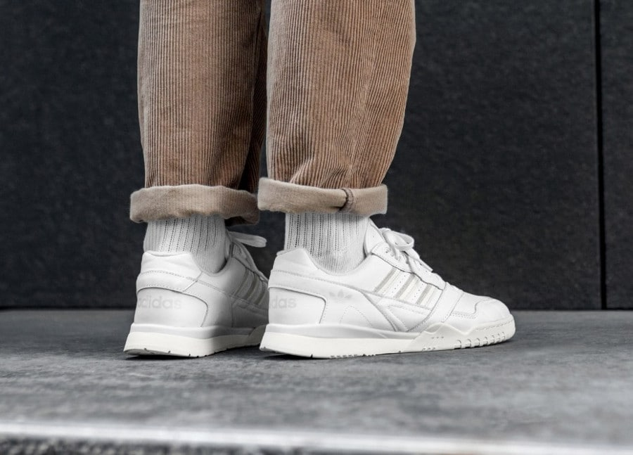 Adidas A.R. Trainer 'FTWR White Raw White Off White' (5)