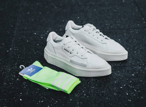 reputable site 5bb4a 29eb7 Adidas Hypersleek W blanche Ftwr White Off White (G54050)