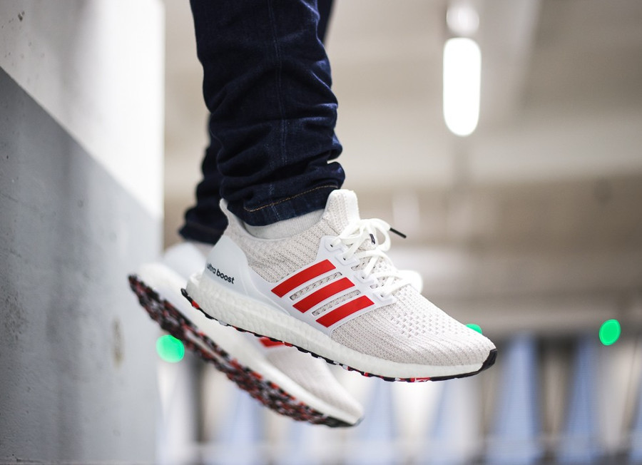 Adidas UltraBoost 4.0 blanche et rouge (effet marbre) (3)