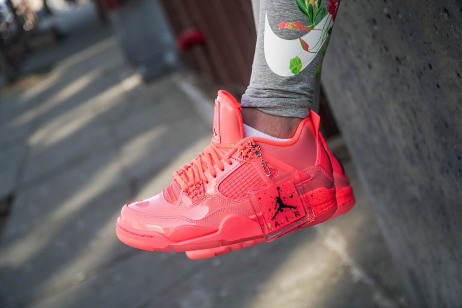 Air Jordan 4 Retro NRG femme Rose Hot Punch