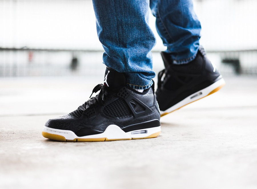 Air Jordan 4 Retro SE Laser Black Gum (4)