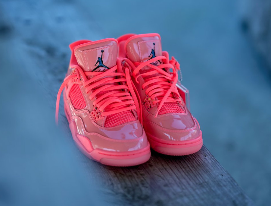 Womens Air Jordan 4 Retro NRG Hot Punch