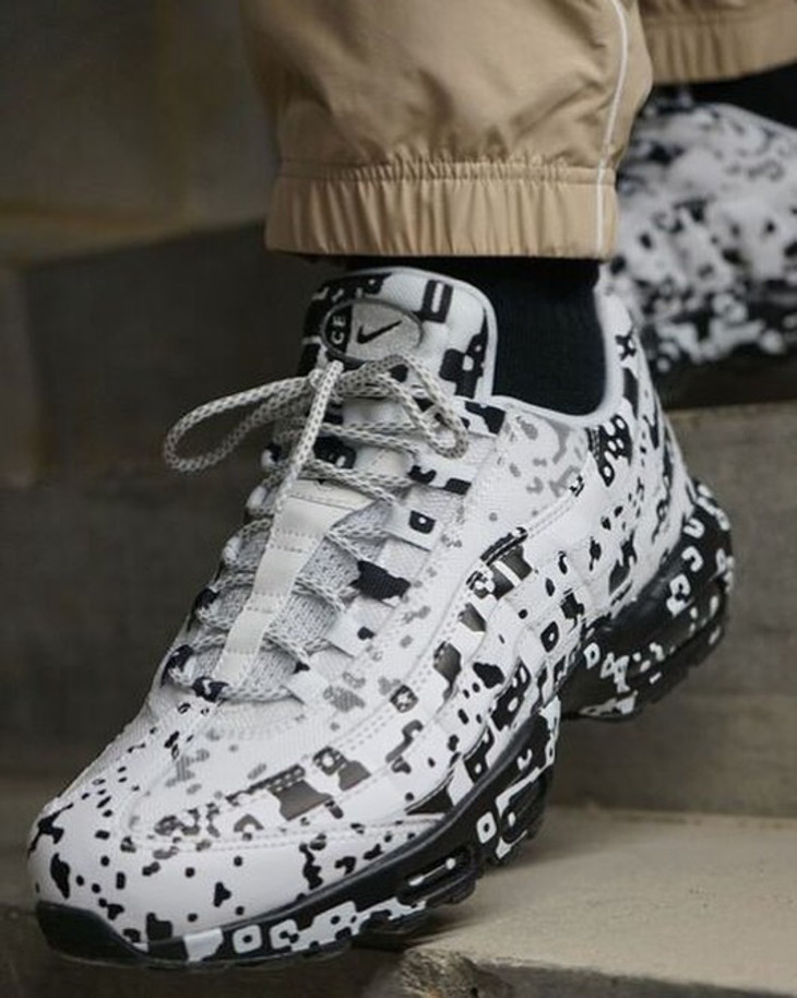 Cavempt x Nike Air Max 95 blanche White (taches noires) (1)