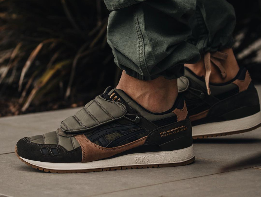 Limited Edt x SBTG x Asics Gel Lyte 3 Monsoon Patrol (1)