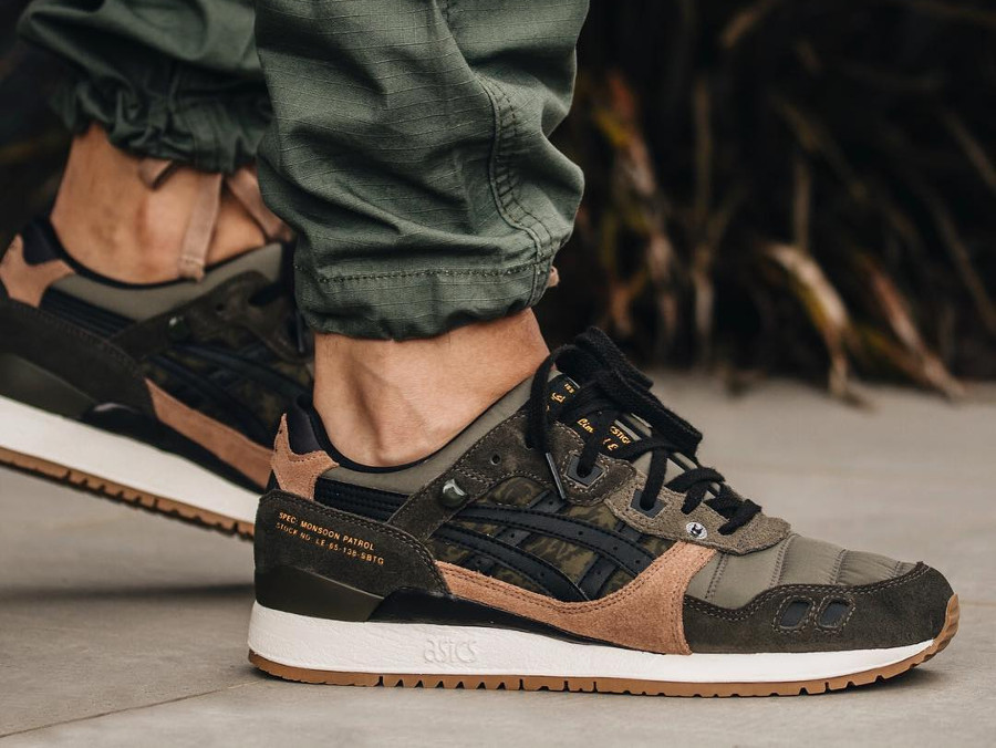 Limited Edt x SBTG x Asics Gel Lyte 3 Monsoon Patrol (2)