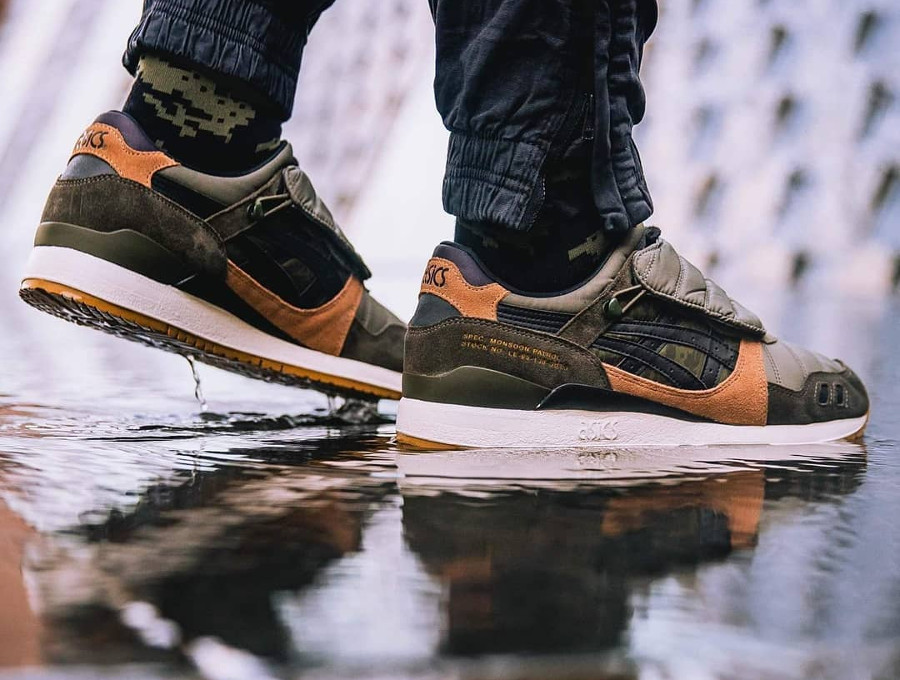 Limited Edt x SBTG x Asics Gel Lyte 3 Monsoon Patrol (3)