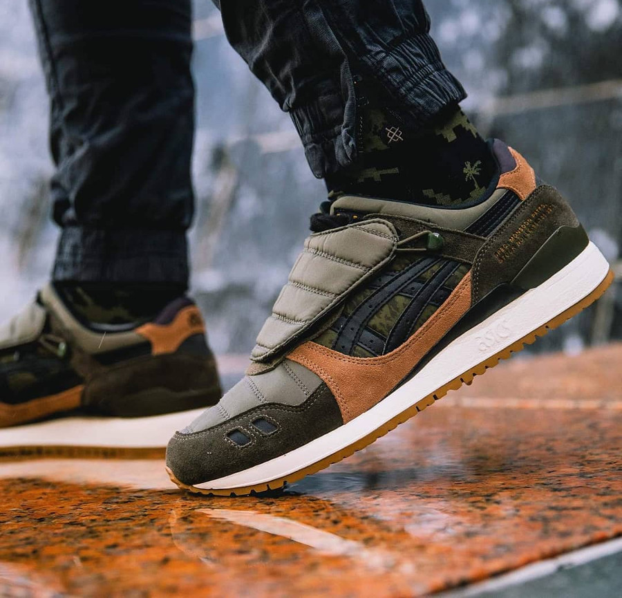 Limited Edt x SBTG x Asics Gel Lyte 3 Monsoon Patrol (4)