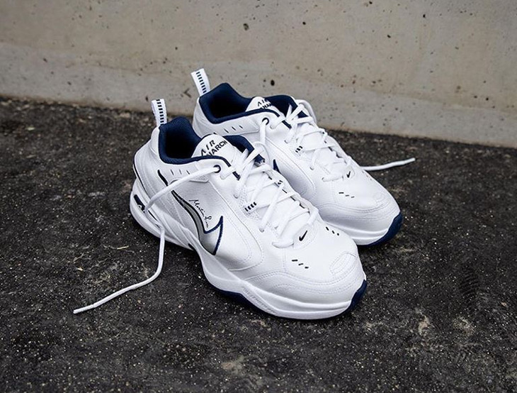 Martine Rose x Nike Air Monarch IV blanche (1)