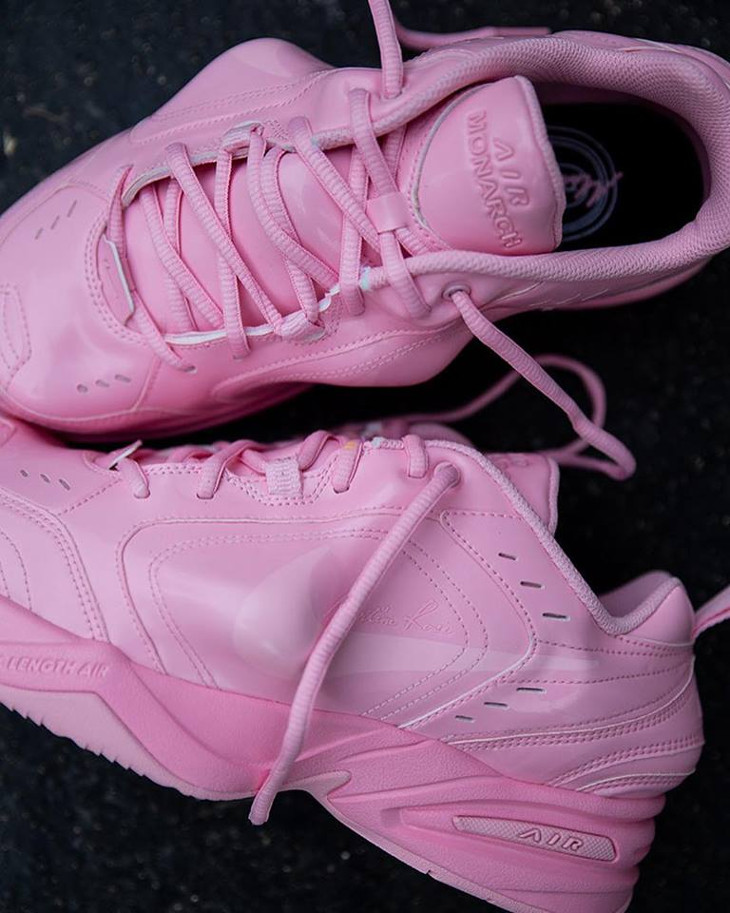 Martine Rose x Nike Air Monarch IV toute rose (2)