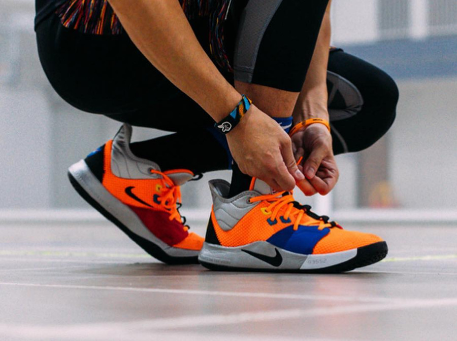 Nasa x Nike PG 3 Total Orange (3)