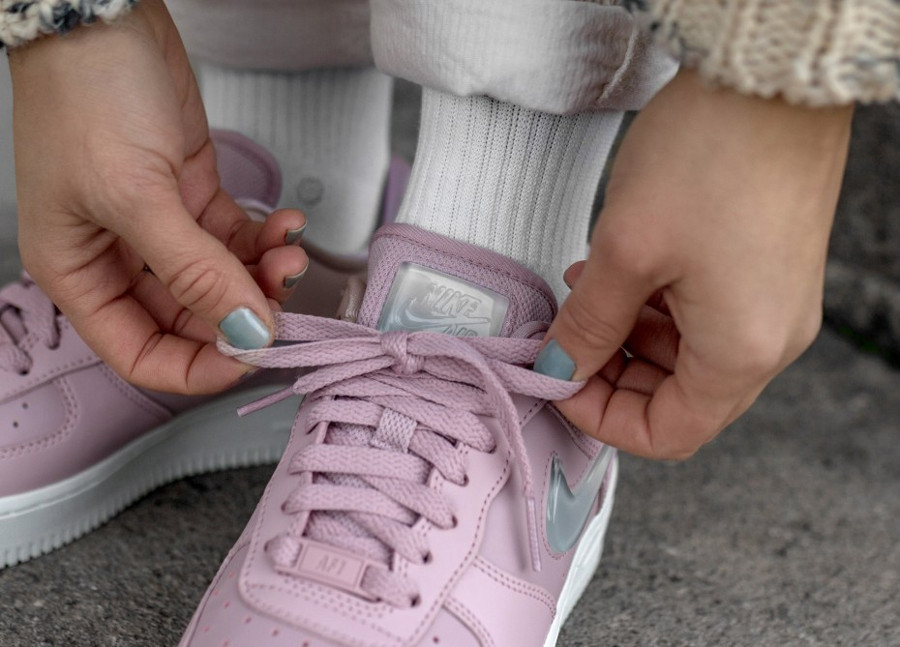 Nike Air Force 1 '07 Plum Chalk Premium Sneaker