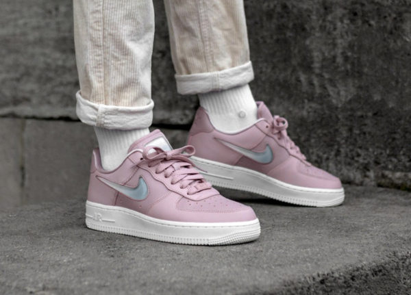 Nike Air Force 1 '07 SE Premium Plum Chalk (Jelly Puff Pack) (2)