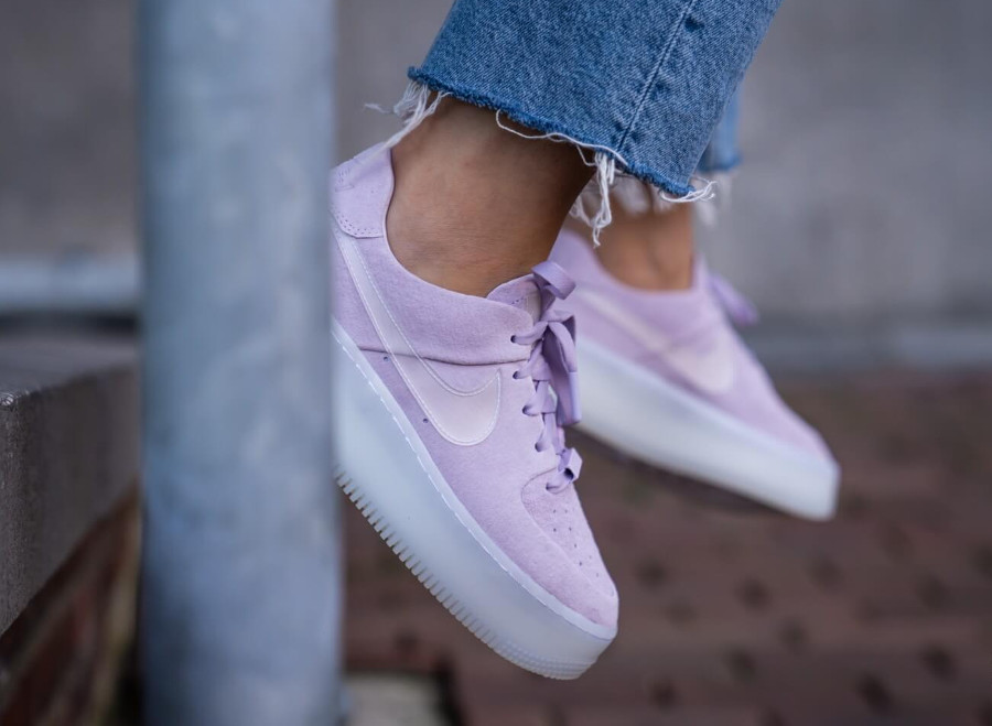 Nike Air Force 1 Sage Low LX Violet Mist (2)
