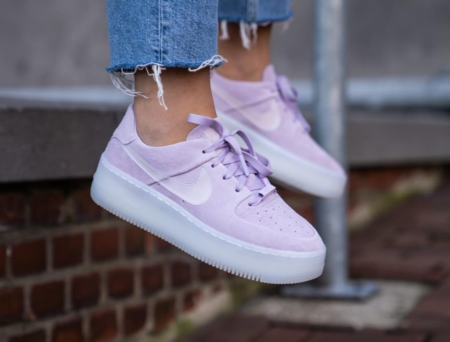 Nike Air Force 1 Sage Low LX Violet Mist (3)