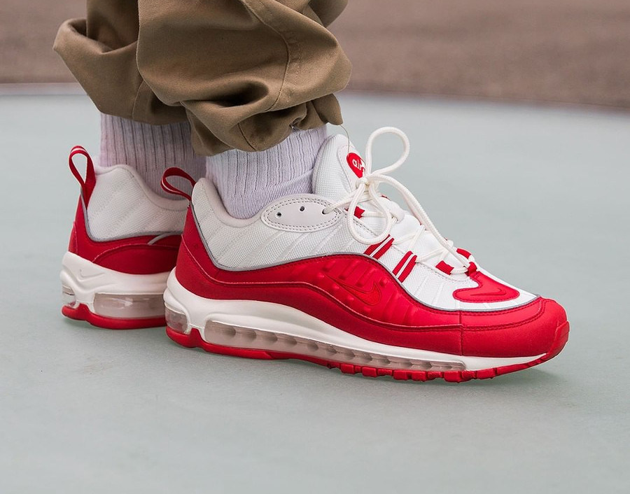 Nike Air Max 98 University Red Summit White (2)