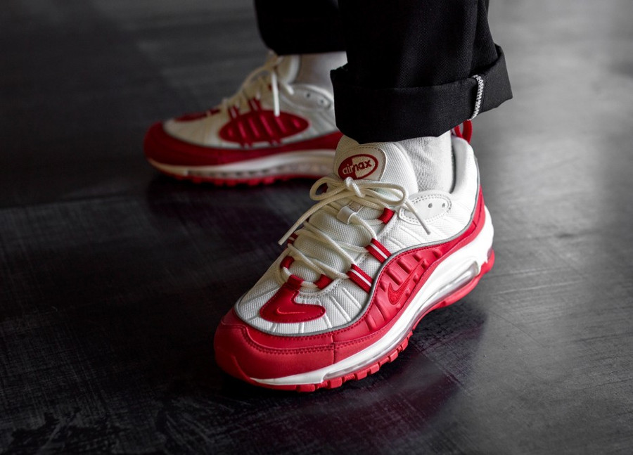 Nike Air Max 98 University Red Summit White (5)