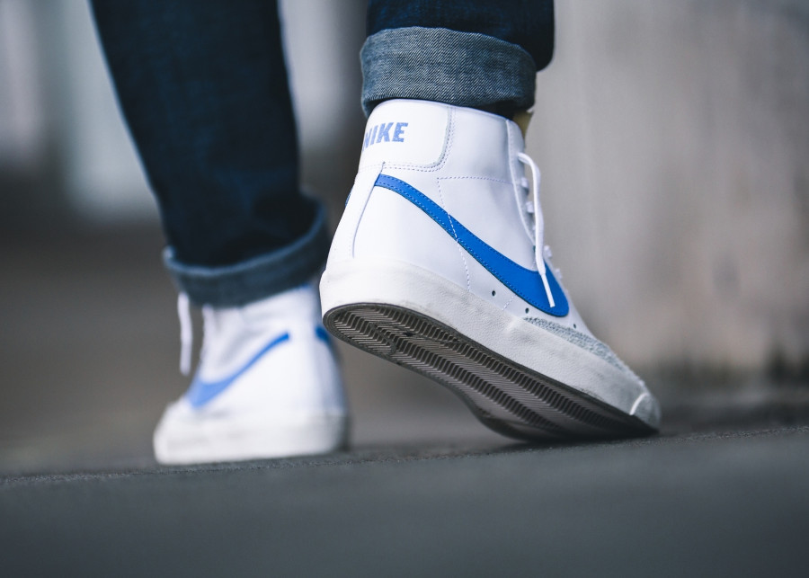 Nike Blazer Mid '77 Leather VNTG blanche et bleue (4)