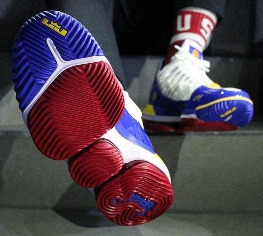 Nike Lebron 16 SB Superbron (2)