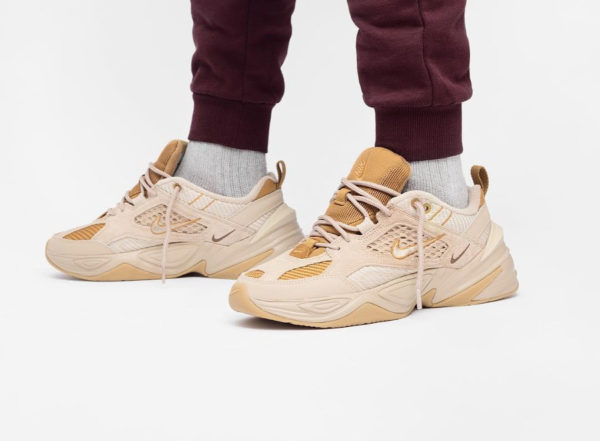 innovative design 48dc2 d7f0a Nike M2K Tekno SP Beige Linen Ale Brown Wheat (homme)