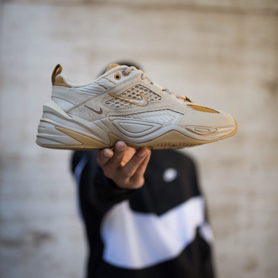 Avis : Nike M2K Tekno SP Beige Linen Ale Brown Wheat (homme)